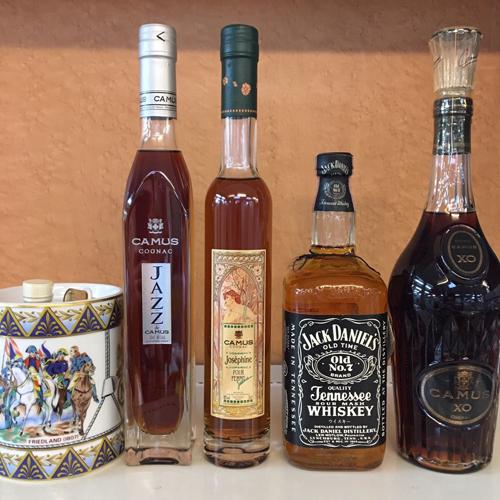 CAMUS や Jack Daniel's など お酒をいろいろ買取りました【モノマニア朝日店】