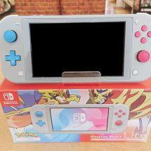 Nintendo switch Lite ザシアン・ザマゼンタ 買取りました【モノマニア朝日店】
