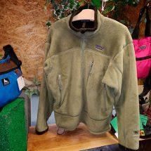 Patagonia R4ウインドブロックジャケット買取りしました!【モノマニア朝日店】