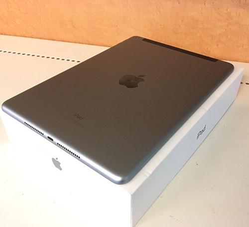 iPad 32GB 第6世代の買取をさせて頂きました!【モノマニア朝日店】